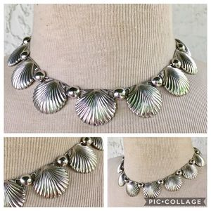 Vintage Shell Necklace Silver